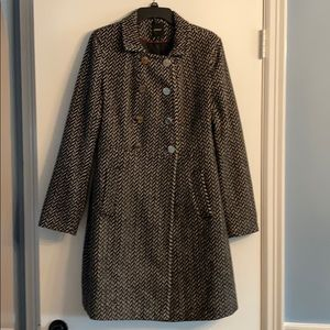 Express coat black & white